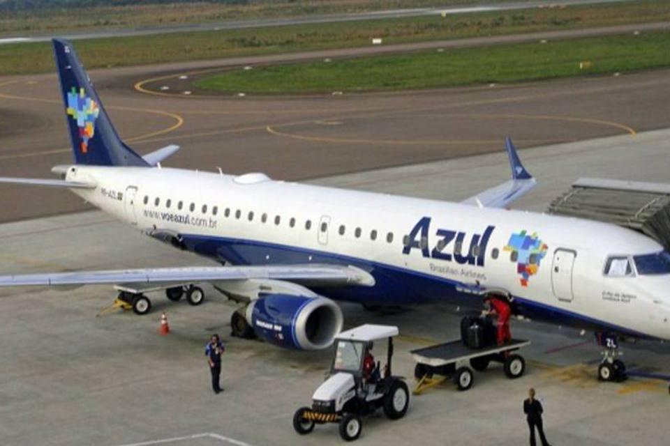 avião da azul