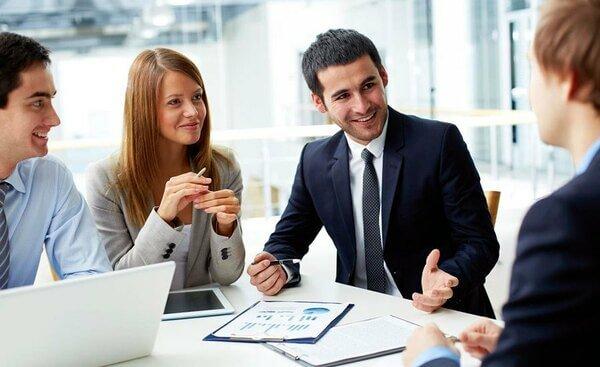 Qual é a carga horária de um curso técnico de administração?